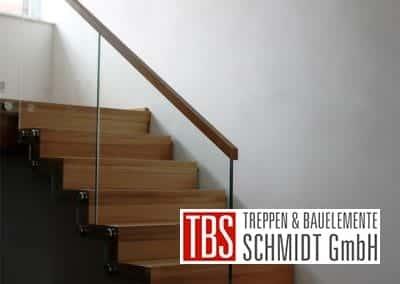 Glasgelaender der Faltwerktreppe Adelberg der Firma TBS Schmidt GmbH