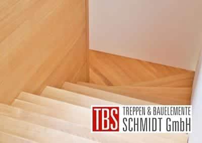 Die halbgewendelte Faltwerktreppe Hannover der Firma TBS Schmidt GmbH