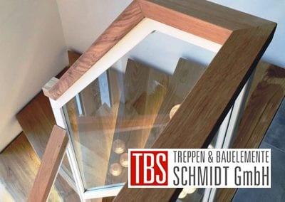 Holzhandlauf der Mittelholmtreppe Geisenheim der Firma TBS Schmidt GmbH