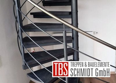 Das Treppengelaender der Spindeltreppe Schiffweiler der Firma TBS Schmidt GmbH