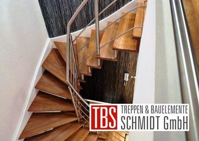 halbgewendelte Wangen-Bolzentreppe Aschaffenburg der Firma TBS Schmidt GmbH