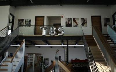 Einweihungsfeier unseres Neubaus – Showroom mit Produktionshalle