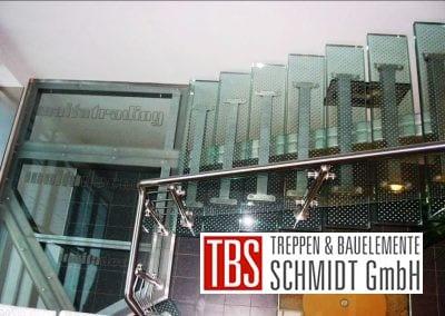 Ansicht auf die Glastreppe Augsburg der Firma TBS Schmidt GmbH