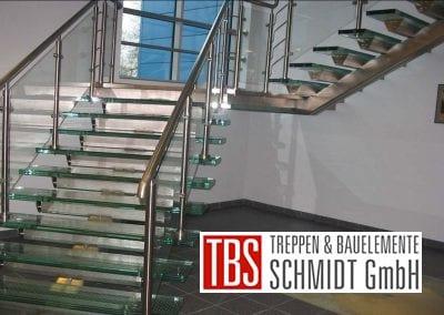 Edelstahlgelaender der Glastreppe Augsburg der Firma TBS Schmidt GmbH