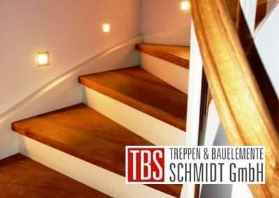 Treppenbeleuchtung der Color-Wangentreppe Magdeburg der Firma TBS Schmidt GmbH