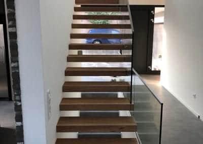 Treppenstufen der Kragarmtreppe Kerpen der Firma TBS Schmidt GmbH