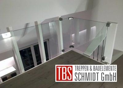 Das Glasgelander der Raumspartreppe Geisenheim der Firma TBS Schmidt GmbH