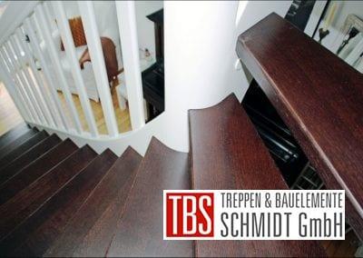 Treppenstufen der Color-Wangentreppe Jena der Firma TBS Schmidt GmbH
