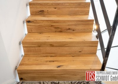 Treppenstufen Faltwerktreppe Hoechen der Firma TBS Schmidt GmbH