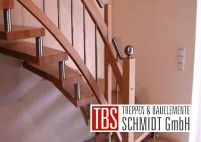 Viertelgewendelte Bolzentreppe Huerth der Firma TBS Schmidt GmbH