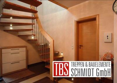 Halbgewendelte Bolzentreppe Ratingen der Firma TBS Schmidt GmbH