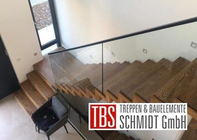Glasgelaender Faltwerktreppe Ludwigshafen der Firma TBS Schmidt GmbH