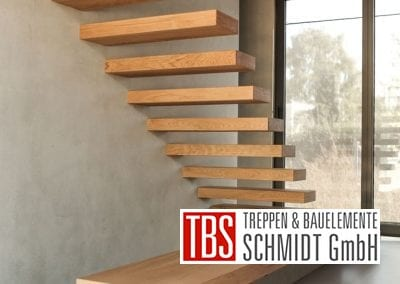 Rueckansicht Kragarmtreppe Muehltal der Firma TBS Schmidt GmbH