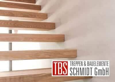 Stufen Kragarmtreppe Muehltal der Firma TBS Schmidt GmbH