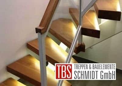 LED-Beleuchtung Mittelholmtreppe Geisenheim der Firma TBS Schmidt GmbH