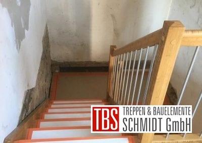 Wangentreppe mit Podest Treppenmontage der Firma TBS Schmidt GmbH
