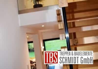 Holzhandlauf Faltwerk- mit Kragarmtreppe Lebach der Firma TBS Schmidt GmbH