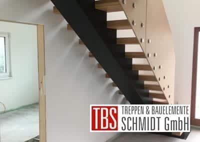 Treppenmontage Mittelholmtreppe der Firma TBS Schmidt GmbH