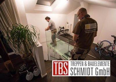 Montagearbeit Faltwerktreppe Frankfurt Westend der Firma TBS Schmidt GmbH