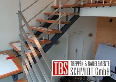 Flacheisengelaender Treppenmontage der Firma TBS Schmidt GmbH
