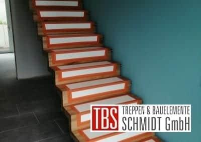 Faltwerktreppe Treppenmontage der Firma TBS Schmidt GmbH