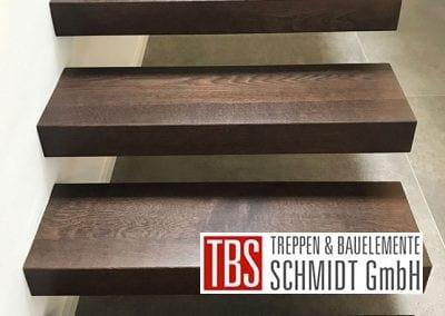 Stufen Kragarmtreppe Rheinzabern der Firma TBS Schmidt GmbH